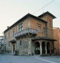 Casa del Mutilato a Piazza Dante